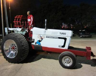 Phil-Co, Lindsay Tractor Pull